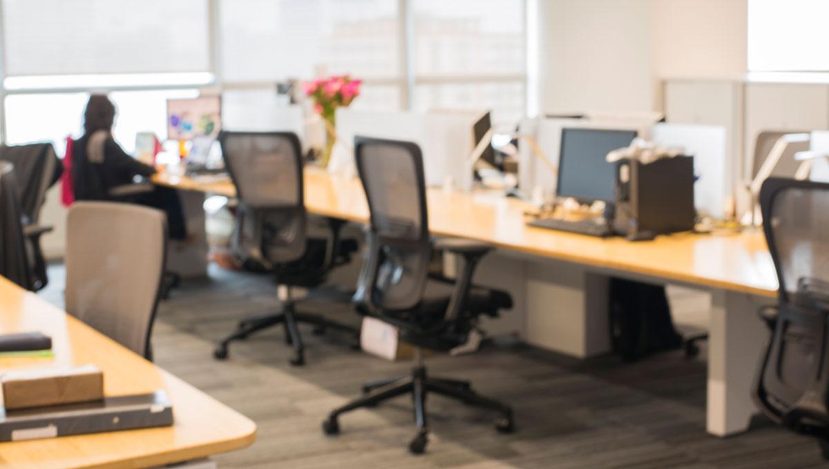 Drehstuhl im Büro am Arbeitsplatz